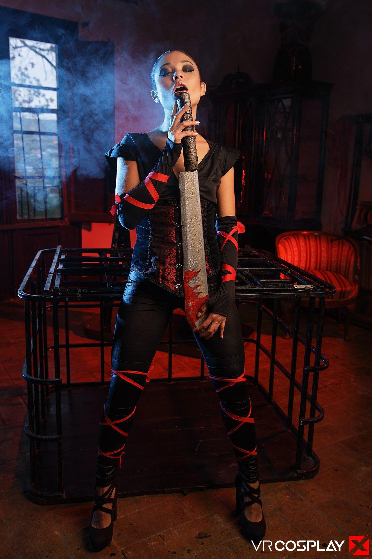Girl assassin creed cosplay
