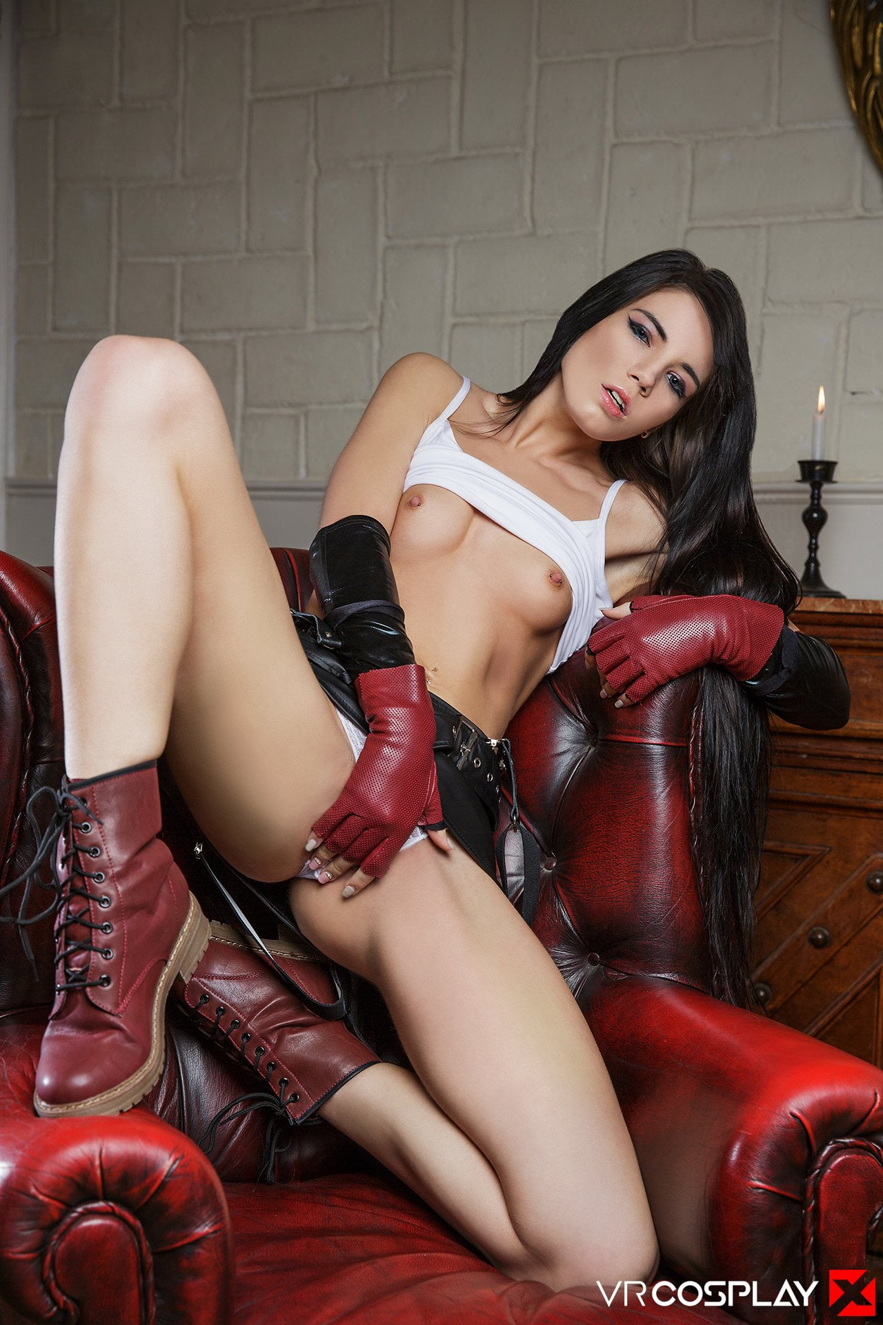 tifa-cosplay-porn-video-smiling-amateur-man