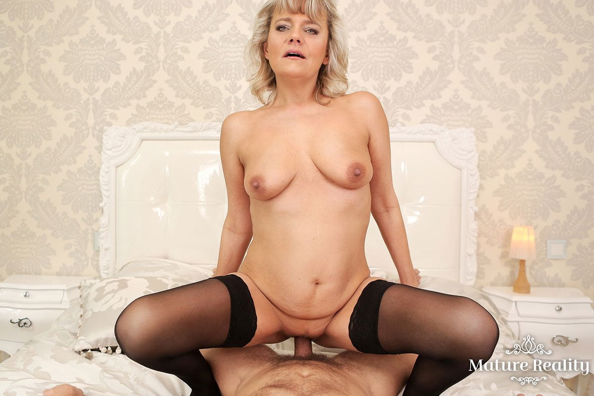 vr sex with a blonde mature hungarian woman casey szilvia